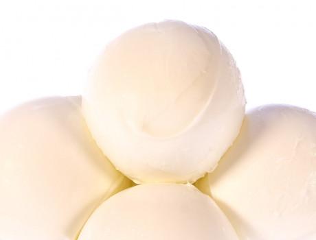 Mozzarella din lapte de bivoliță Bocconcini