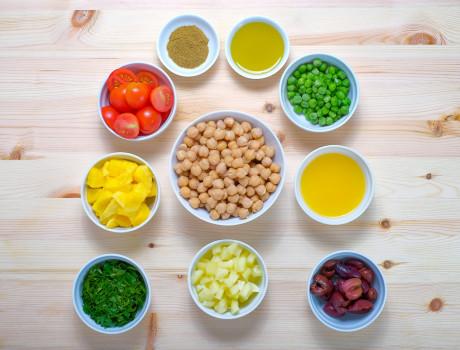 Ucook: Salata de naut cu mango