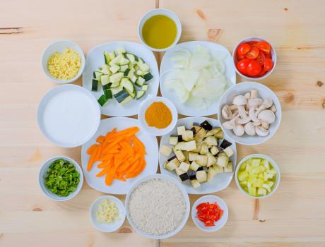 UCOOK: Curry cu legume și orez basmati