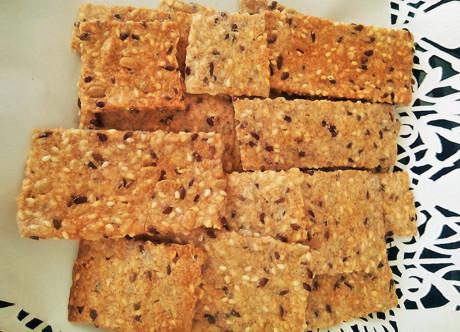 Biscuiți sărați cu semințe Mama Pan