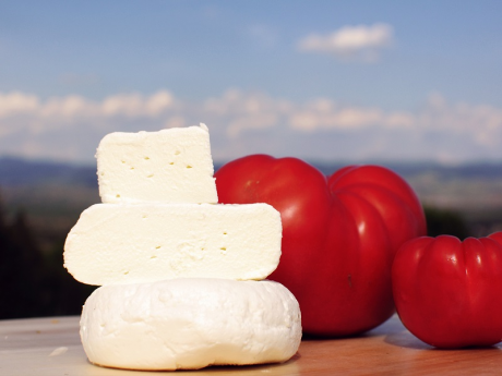 Brânză proaspătă de capră