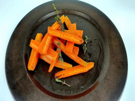 Morcovi caramelizați