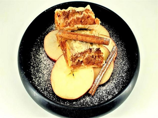 Plăcintă cu mere 700 gr