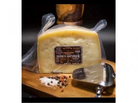 Brânză bivoliță maturată 70 zile Hurez Giuseppe